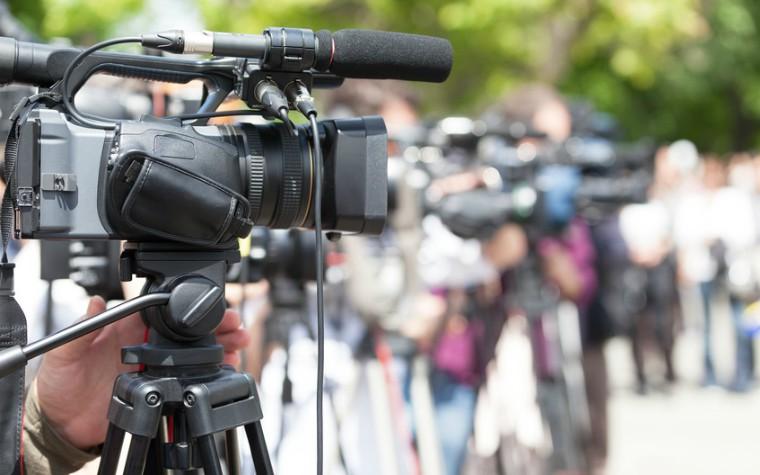 media cameras filming news