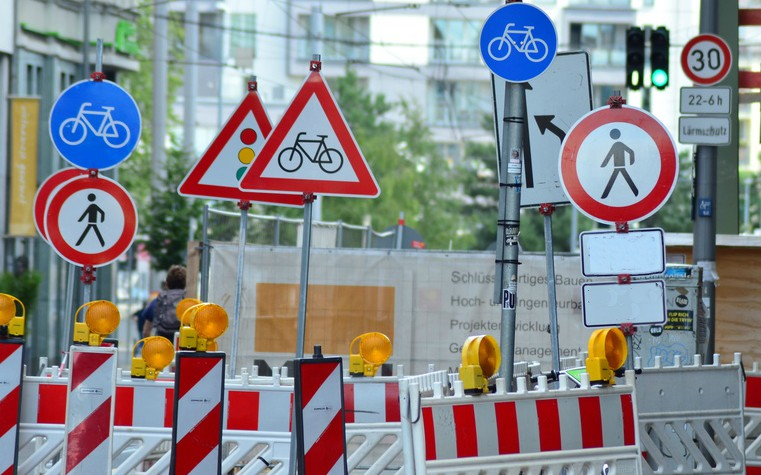 street signs and warning lights