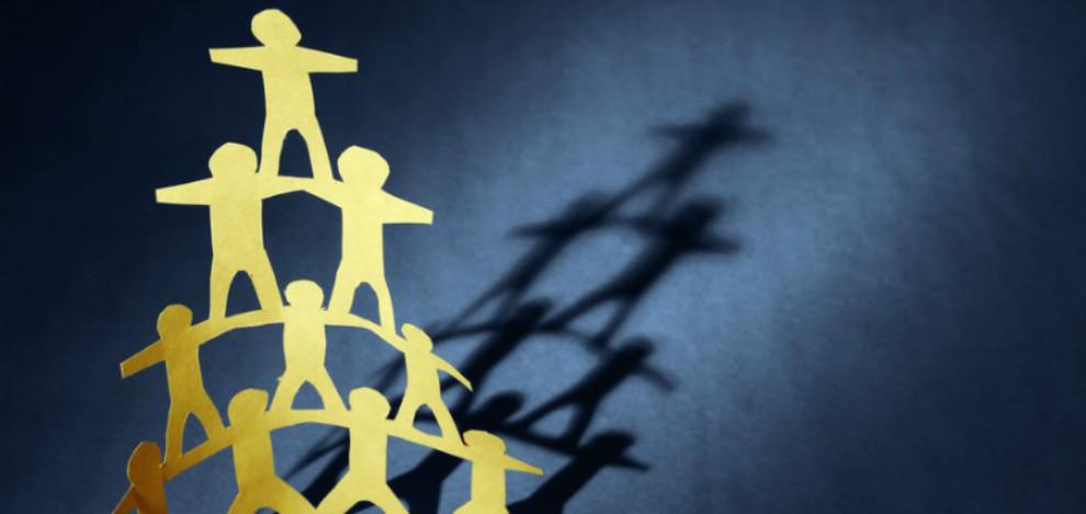 organisational structure image - human pyramid