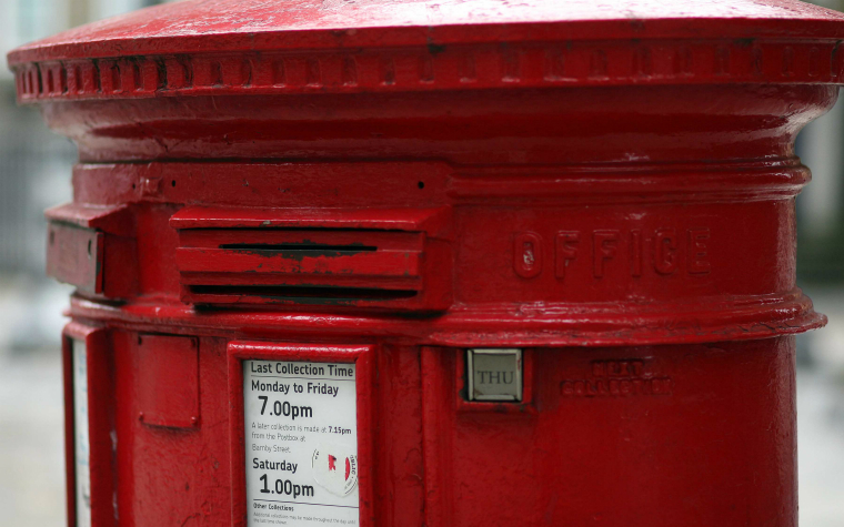 Description_of_image_used_in_letterbox_contact_seddon_v_oldham_mbc_2015_letterbox_rexfeatures_1023378h