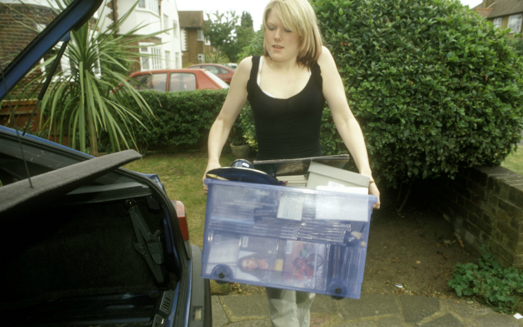 Description_of_image_used_in_care_leavers_outside_resources_young_woman_with_belongings