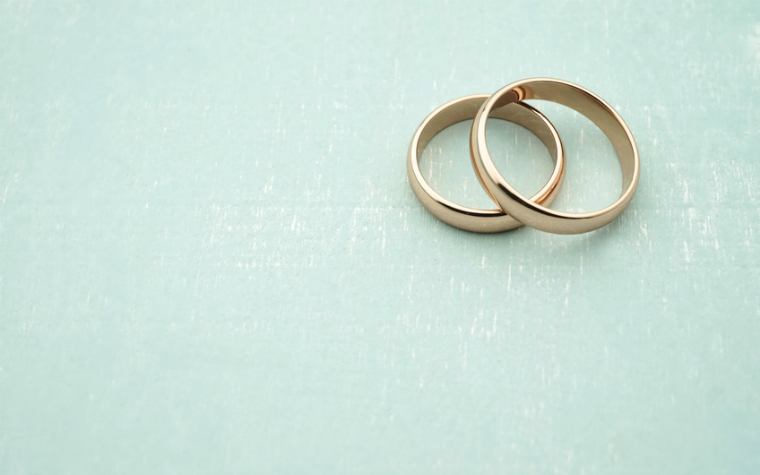 description_of-image_used_in_capacity_to_consent_to_sex_and_marriage_guide_wedding_rings_cobaltstock_Fotolia_760x475