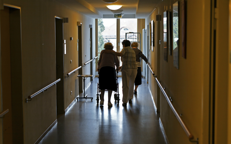 Description_of_image_used_in_deprivation_of_liberty_outside_resources_older_woman_care_home_imageBROKER_REX_Shutterstock