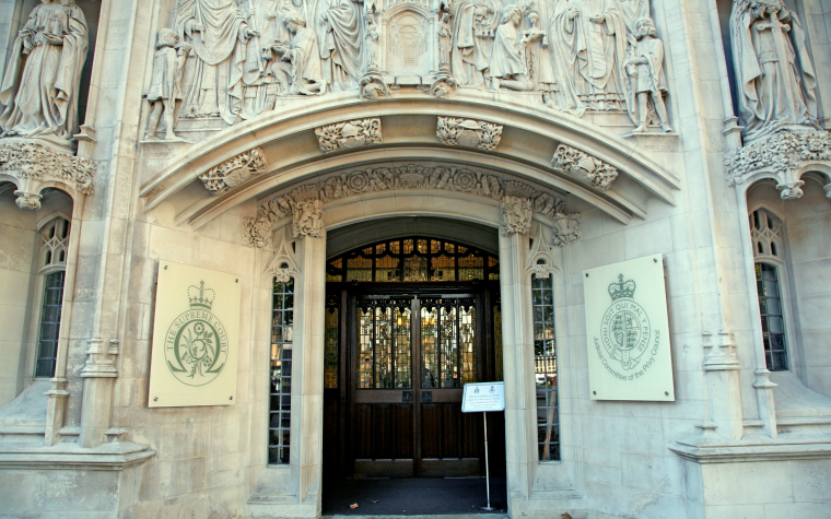 description_of_image_used_in_cheshire_west_case_law_supreme_court_entrance_jeffblackler_rex_shutterstock