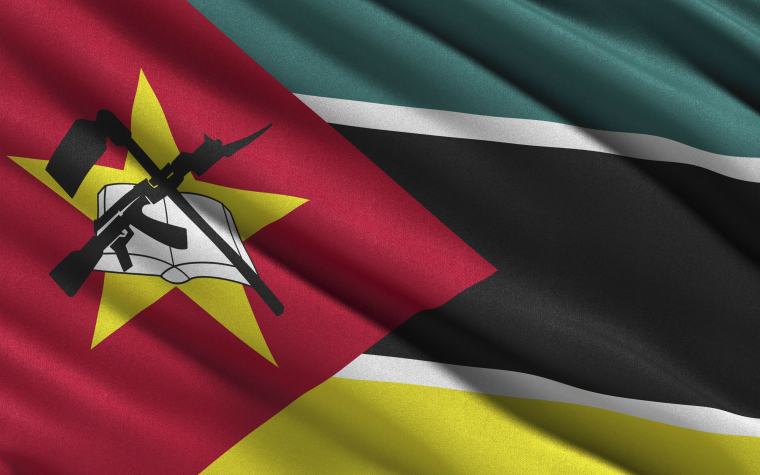 description_of_image_used_in_mozambique_country_guide_flag_of_mozambique_imagebroker_rex_shutterstock