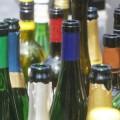 Description_of_image_used_in_alcohol_cc_live_piece_empty_wine_bottles_imagebroker_rex_shutterstock
