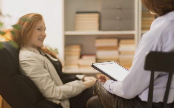 Despite the importance of giving advice in social work, we rarely talk about this skill