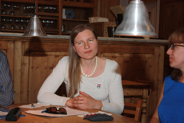 Manuela Schutte (Topaz)
