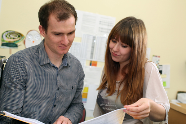 Emma Speedy gives some advice to social work student Chris Williams